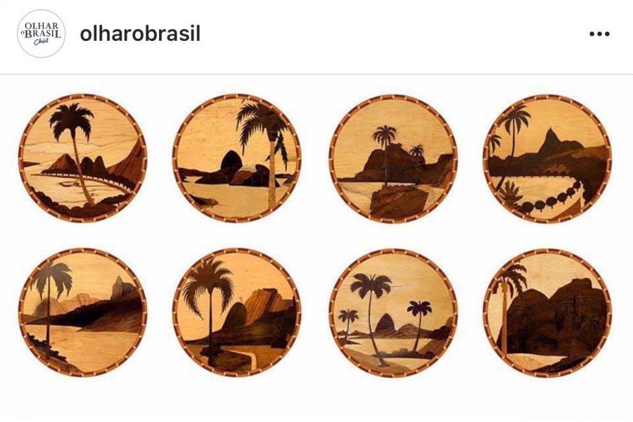 Jogos Americanos redondos feito de placa de PVC revestido de adesivo impermeável, visual de madeira antiga - Chico Gouvea